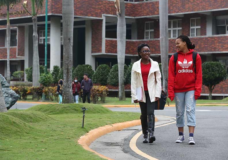 全球學貸慘況比一比 哪國學生最窮?
