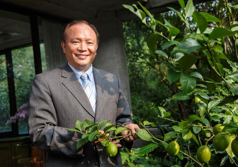 林聰賢:組3萬青農部隊 讓農民收入大躍進