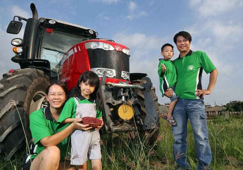 改裝農機 一人掌12公頃紅豆田