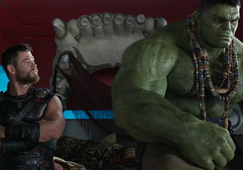 《雷神索爾3》:「玩弄」角色到極致!超歡樂的精彩傑作
