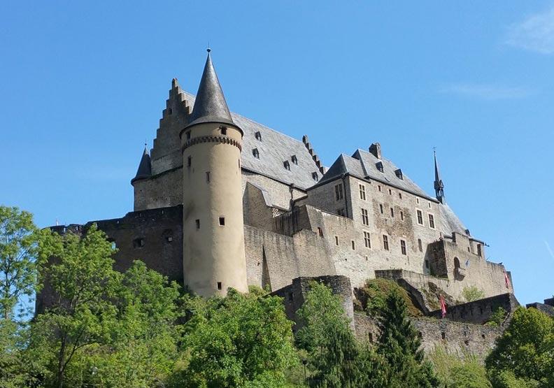 德國地名為什麼有這麼多「堡」?