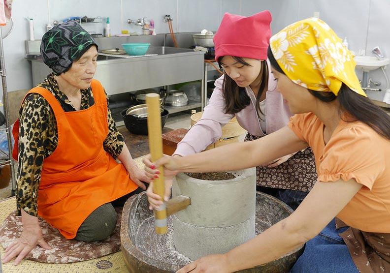 從磨蕎麥開始 跟日本老奶奶學做蕎麥麵