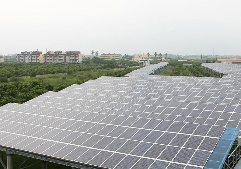 太陽能廠強強結盟 攻下游模組拚回春