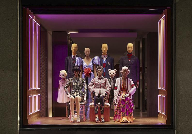 Gucci聯手西班牙藝術家Ignasi Monreal 打造穿著Gucci的希臘神祉