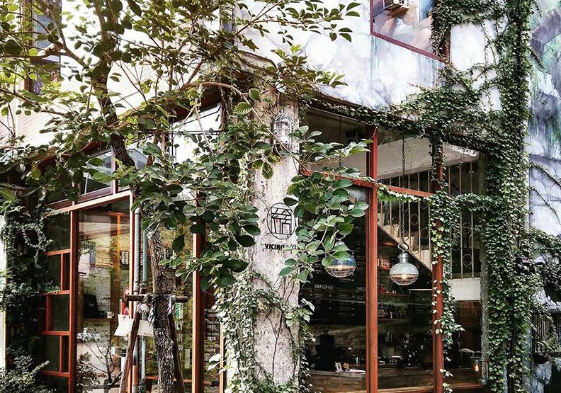 老屋變身時髦咖啡廳!三間充滿綠意氣息的老宅咖啡空間
