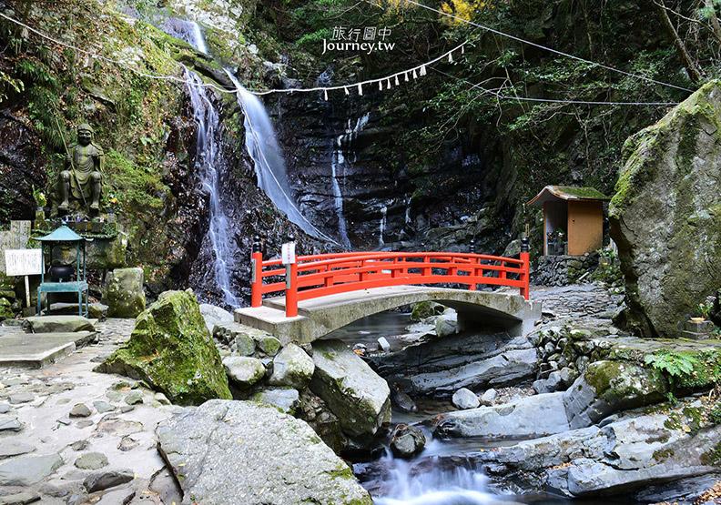 大阪犬鳴山溫泉鄉賞紅葉 行者修煉的神秘瀑布