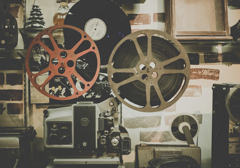電影製作的每一步,都留下懸而未決的問題