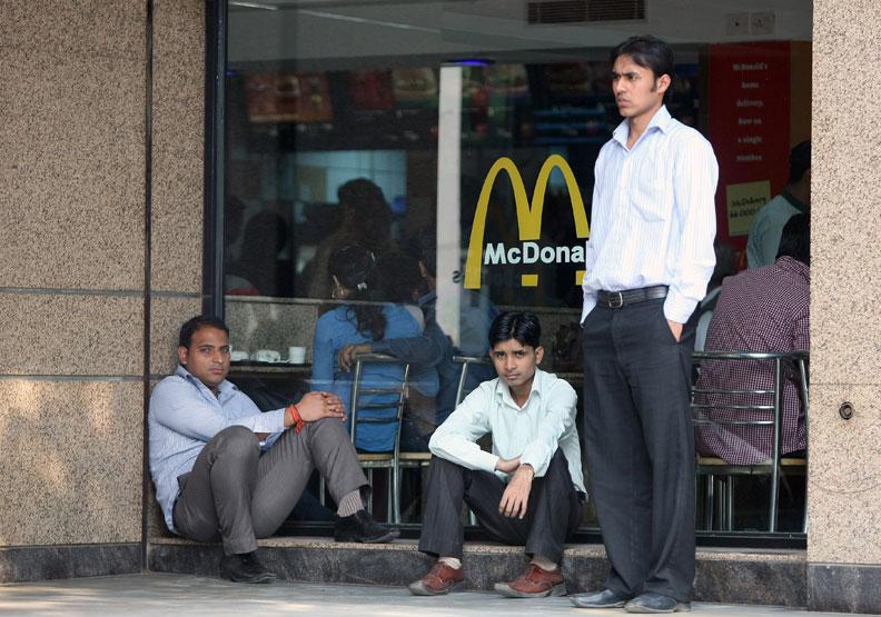 貧富差距大、中產階級流失 印度難複製中國夢?