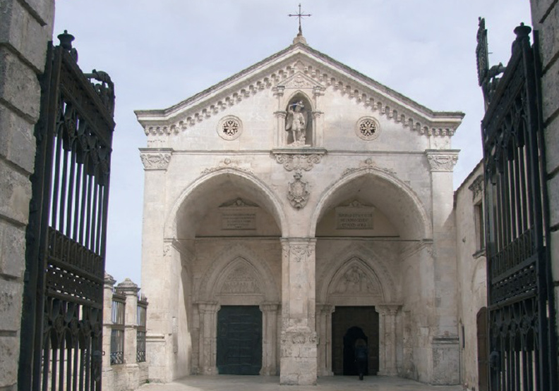 甜點控朝聖之地:義大利聖米迦羅聖的修道院