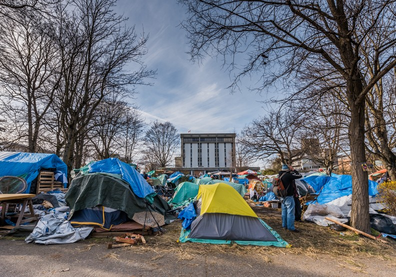美國沒有你想像的好!帳篷城的現實悲歌