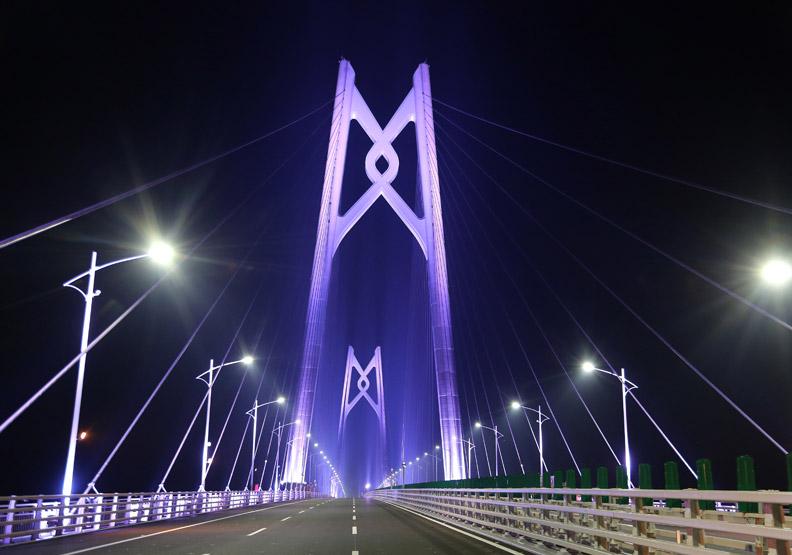 55公里港珠澳大橋 帶動粵港澳大灣區起飛