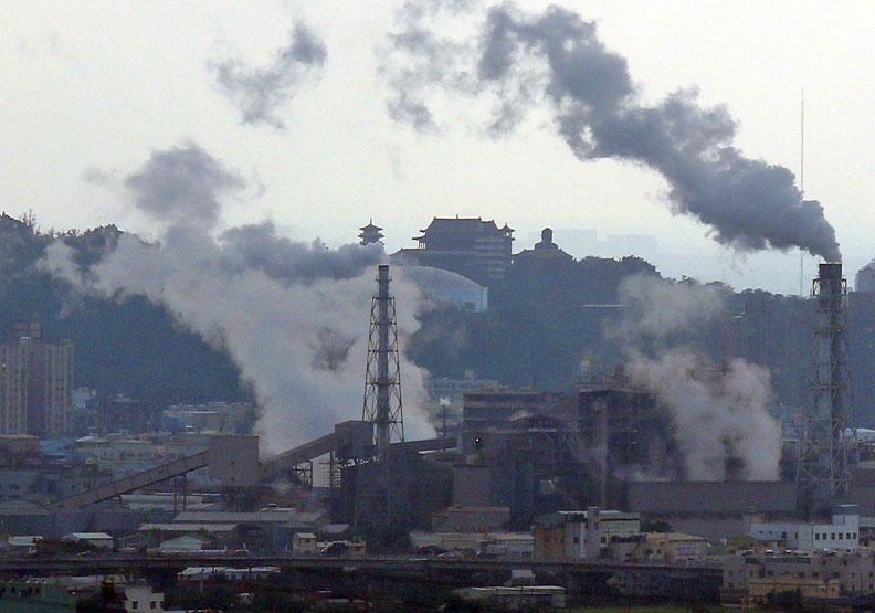 63.6%民眾認為空氣變壞 七成年輕世代挺核電
