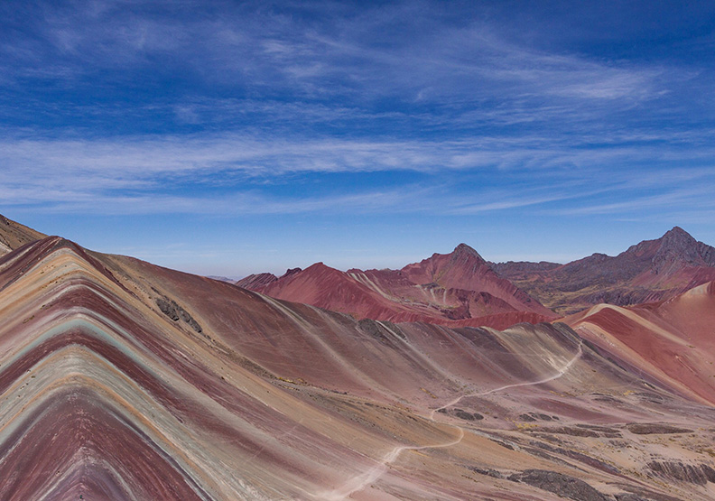 美得像用電腦合成 秘魯「彩虹山」成新觀光聖地