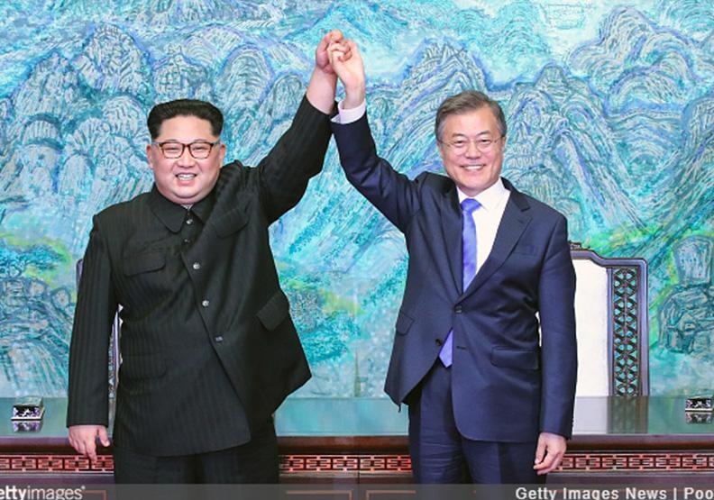 兩韓峰會大解密!金正恩自備的這支鋼筆大有來頭