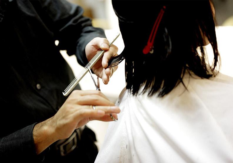 理髮師變成野蠻人? 搞懂英文字尾變化免尷尬!