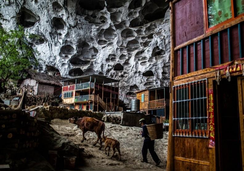 最後的人間仙境?中國遺世獨立的穴居城