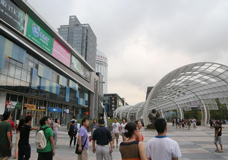 中國大陸改革開放40年 遊客消費力大躍進