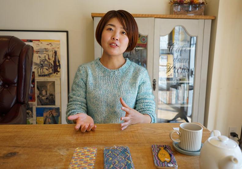 讓人越看越入迷的點點風畫家:佐藤桃實 Momomi Sato 專訪