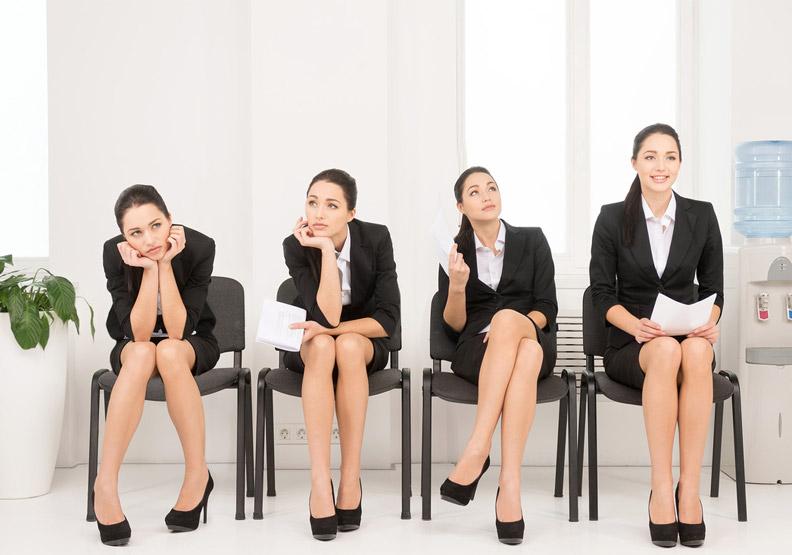 該選大企業還是小公司?這其實是假議題