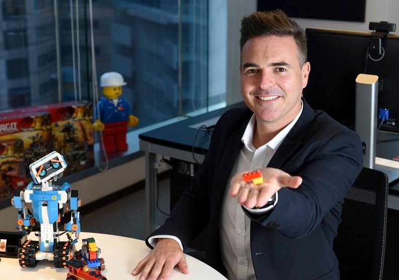 15年的品牌堅持!他從樂高銷售業務,蛻變為台港澳區總經理