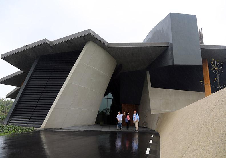 黃聲遠、蔡明亮名人加持  最天然的美術館
