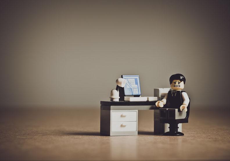 工作不滿意卻狠不下心辭職,該如何是好?