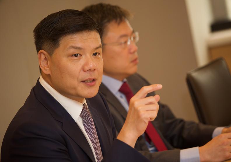 KKR楊文鈞:榮化下市不等於離開台灣 ,而是結盟攻國際盃