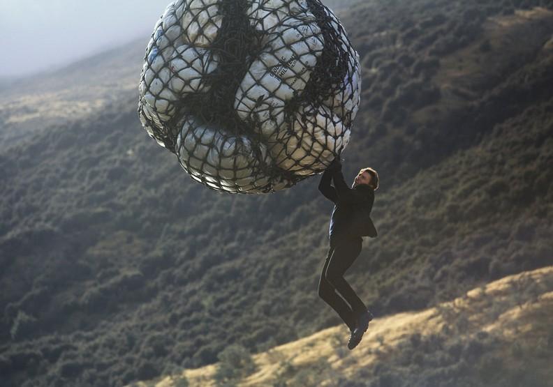 《不可能的任務:全面瓦解》:阿湯哥締造影史最強動作片里程碑