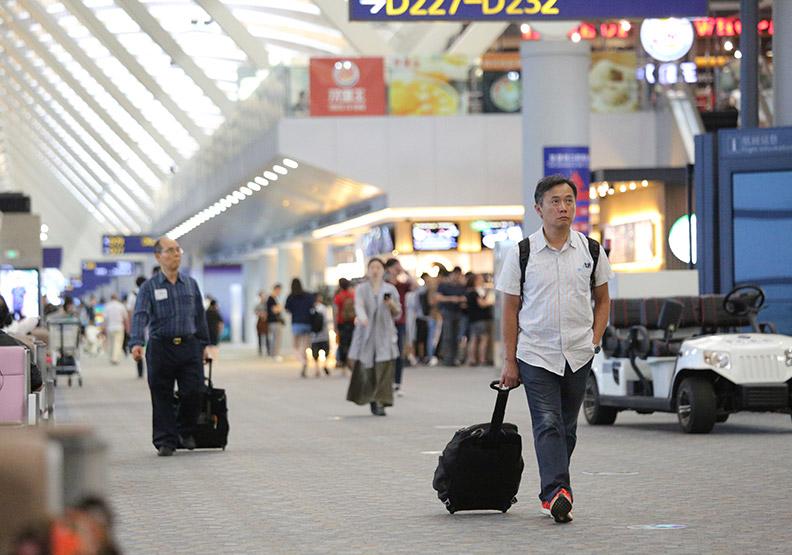 舞台更大、薪水多72%  西進台灣人逾四成滿意