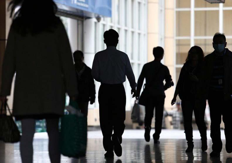 危險、壓力大還要狂加班 他:台灣高薪工作都這麼畸形嗎?