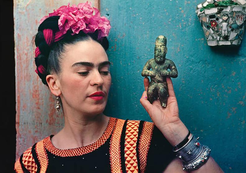 化殘缺為美!英國V&A博物館《芙烈達卡蘿:創造自我》特展 私密收藏一窺藝術家內心世界