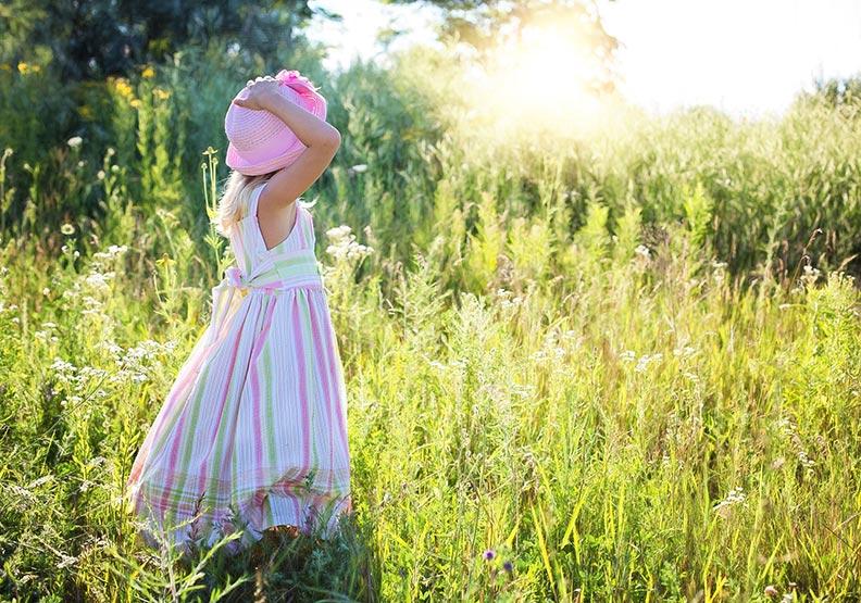 體現大自然的美 從小女孩的眼睛看世界