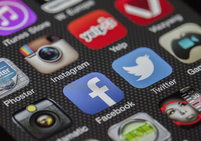徹底改變我們的生活!智慧型手機毀了一個世代?