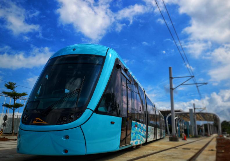 搭捷運、公車,低碳生活很簡單