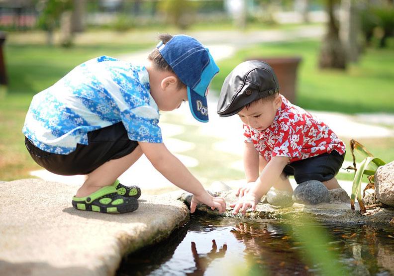 如何培養孩子的心智?「假想遊戲」搶先取得優勢
