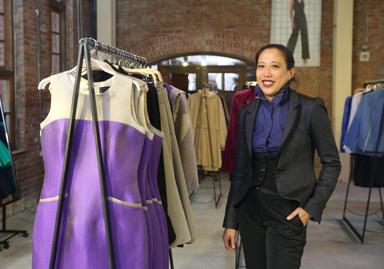 旅英30年打造跨界時尚!她從董陽孜的「無」為漢字找未來