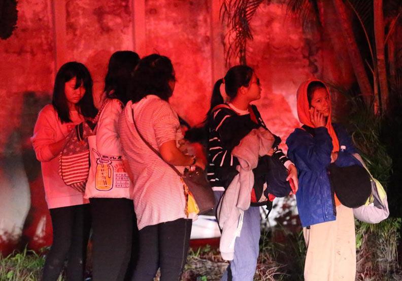 災難中的人性溫暖!外國旅客都驚訝「我以台灣人為榮」