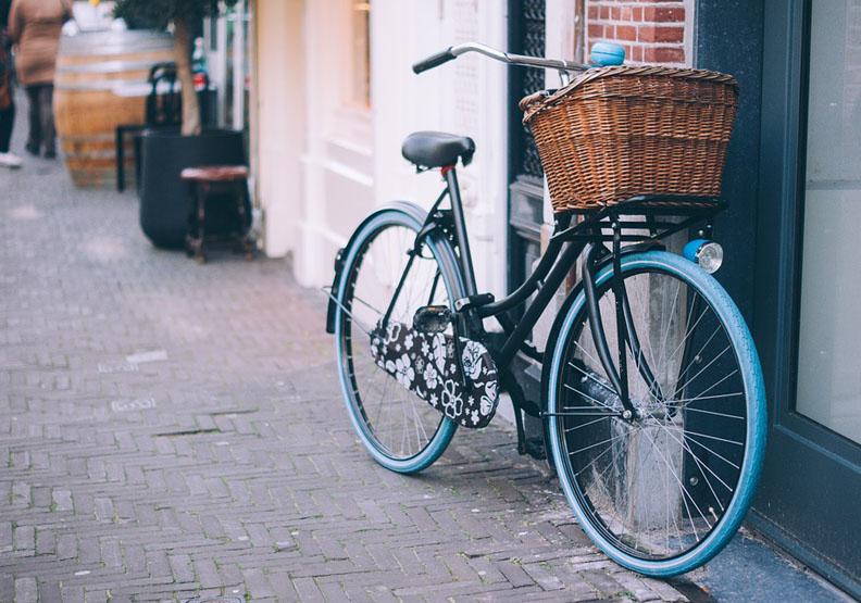 「智慧材料」的未來,腳踏車也能自行修復?
