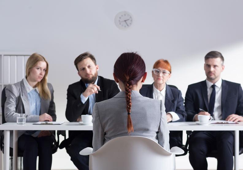 老闆別想A求職者了,政府明訂薪資未達4萬禁面議