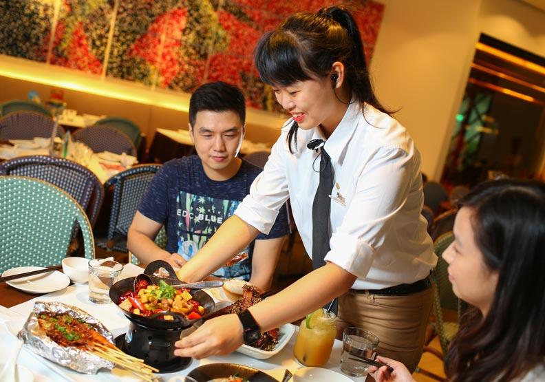 台灣三流的薪資,如何要求一流的服務品質?