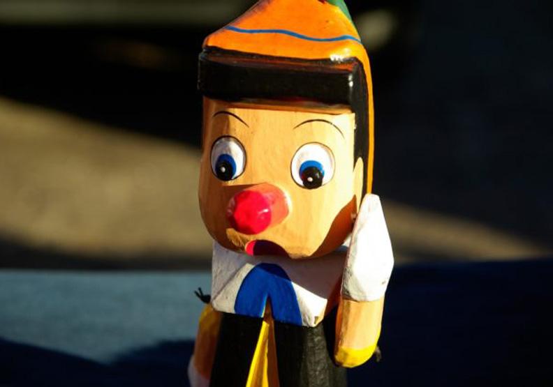 和童話不一樣!研究指出說謊時鼻子反而會變小
