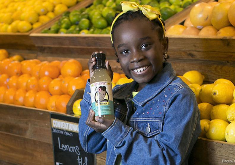 美國人也愛蜂蜜檸檬?兒童CEO的「甜蜜」創業
