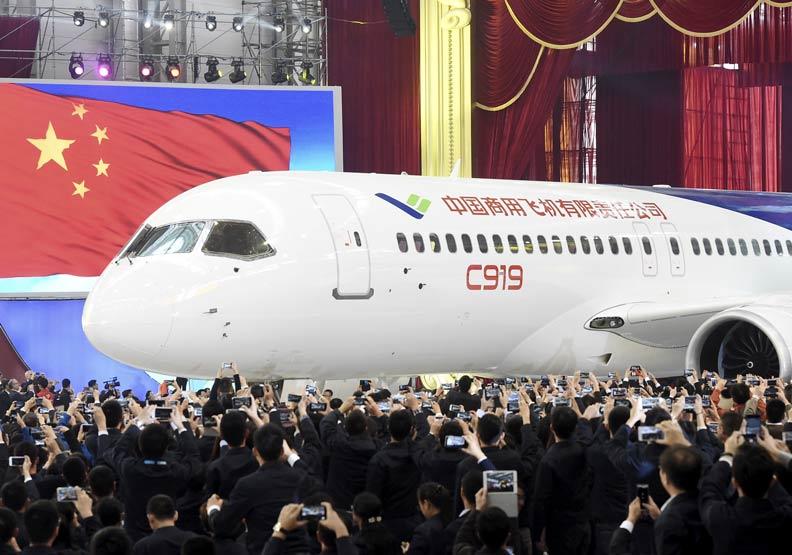 貿易戰逼出中國人怒火!大陸不靠歐美要打造大型客機