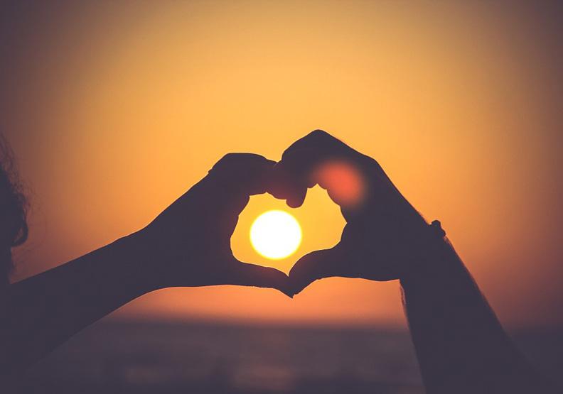 你要相信,所有失戀都是在為真愛讓路