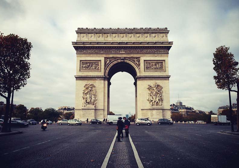 拿破崙等不到的法國凱旋門,藏著你不知道的感人故事