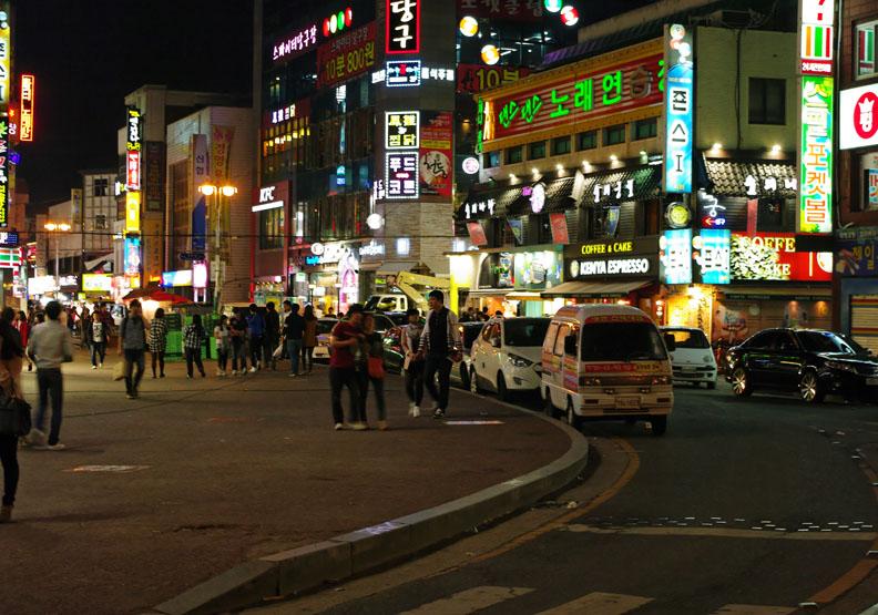 南韓10年平均薪資漲50%,卻付出這麼多代價!