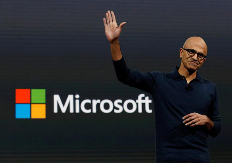 手機硬體成長遇瓶頸,微軟挾雲端趁勢超車蘋果
