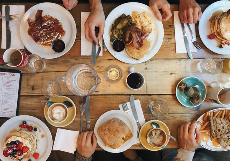 荷蘭的快樂小孩養育法:餐桌才是重點