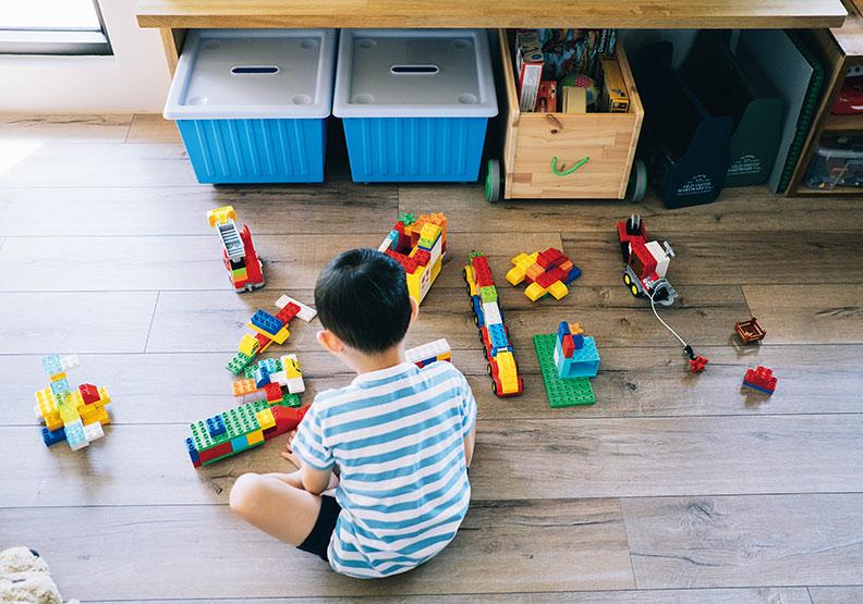 滿地玩具快抓狂?四個小提醒讓孩子一起學收納