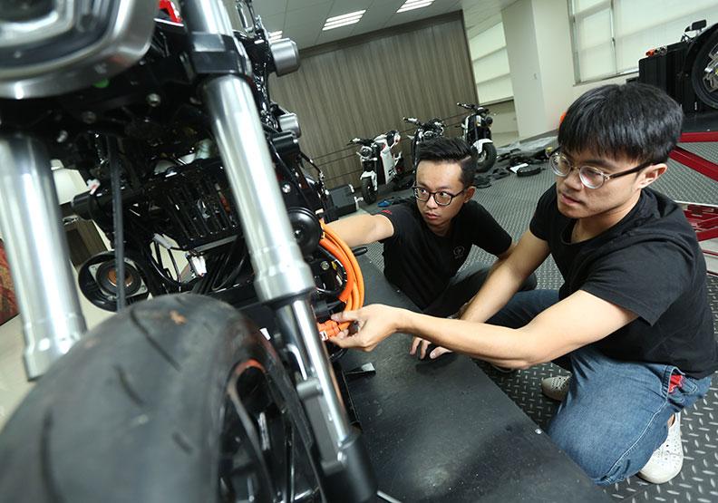 電動車接棒燃油商機 台灣能再創新二輪奇蹟?